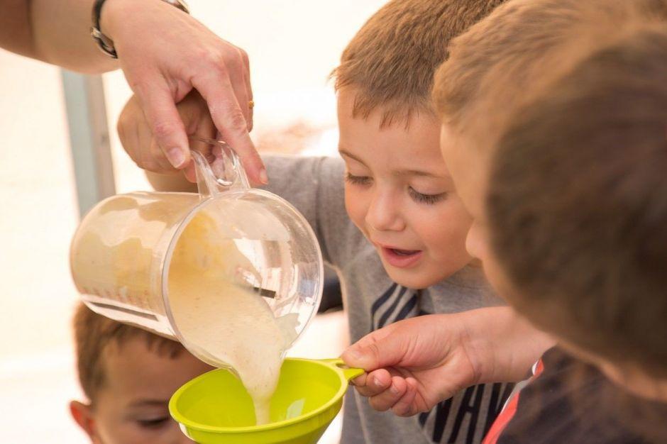"""Anna Ramis """"L'indubtable valor educatiu de les extraescolars: el menjador escolar"""""""