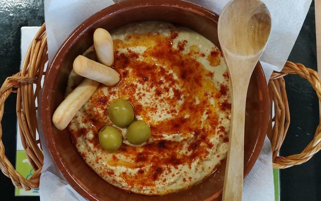 Millorar l'acceptació dels cigrons a través del tastet d'humus